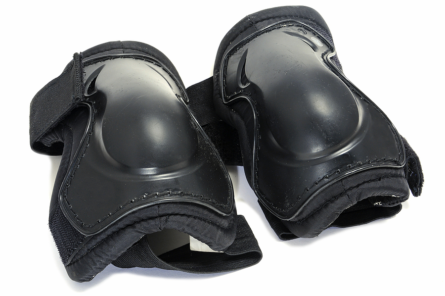 Safety gloves and knee pads