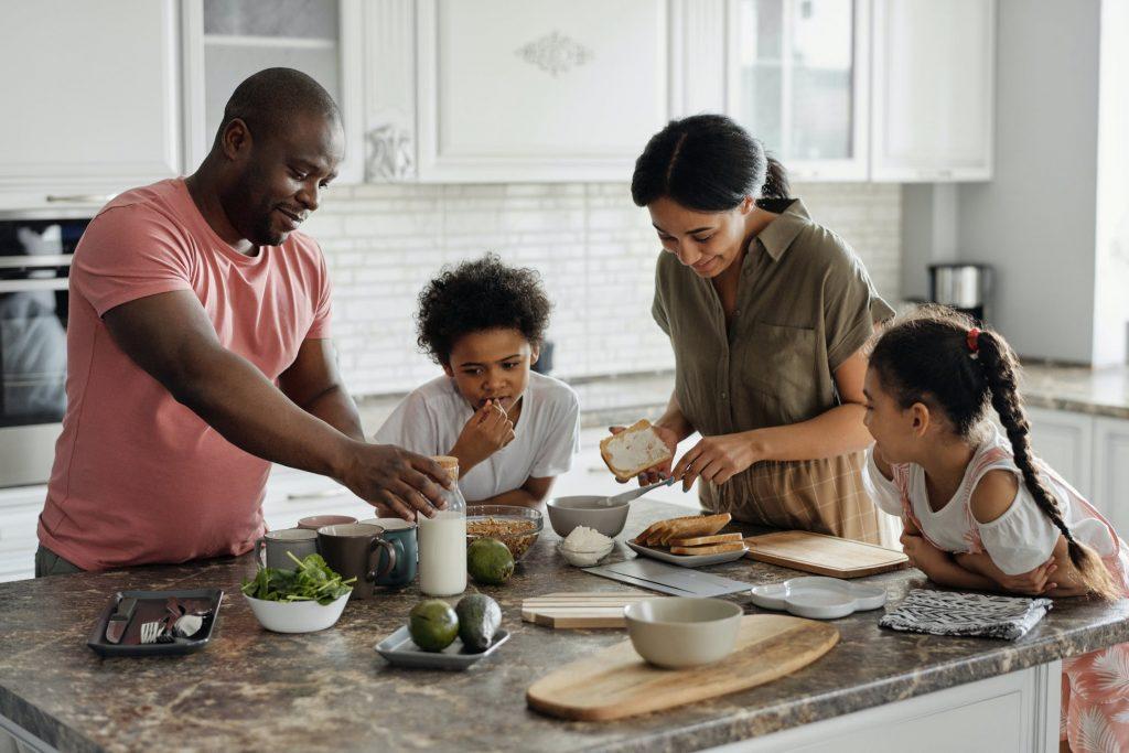 Family bonding in the kitchen