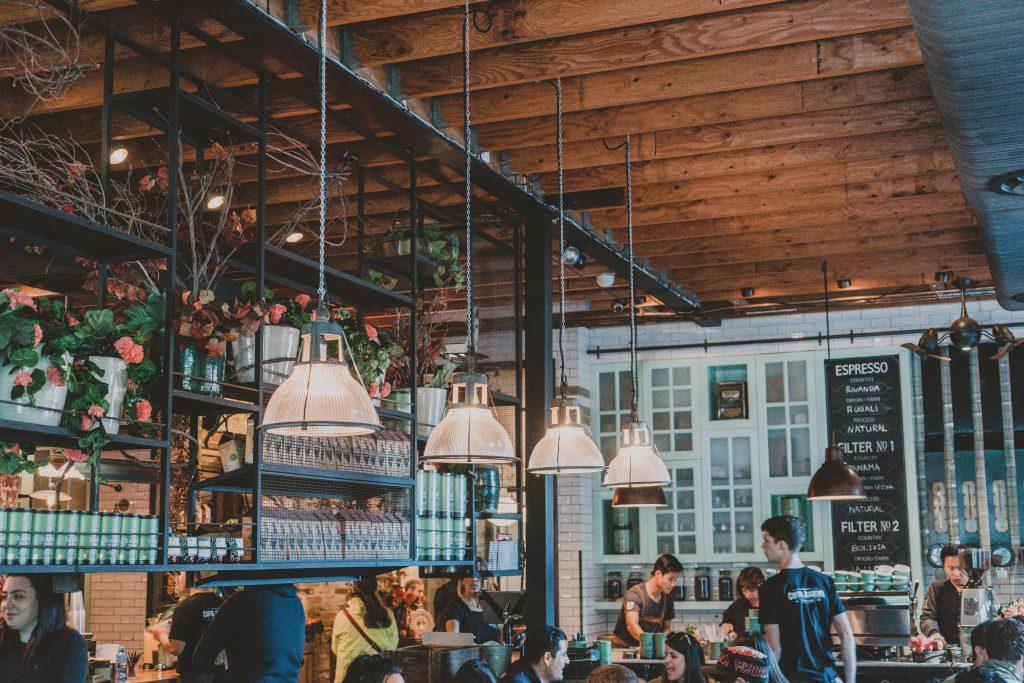 Restaurant full of customers